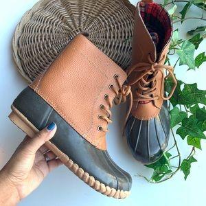 Sporto Dede ducks boots size 10